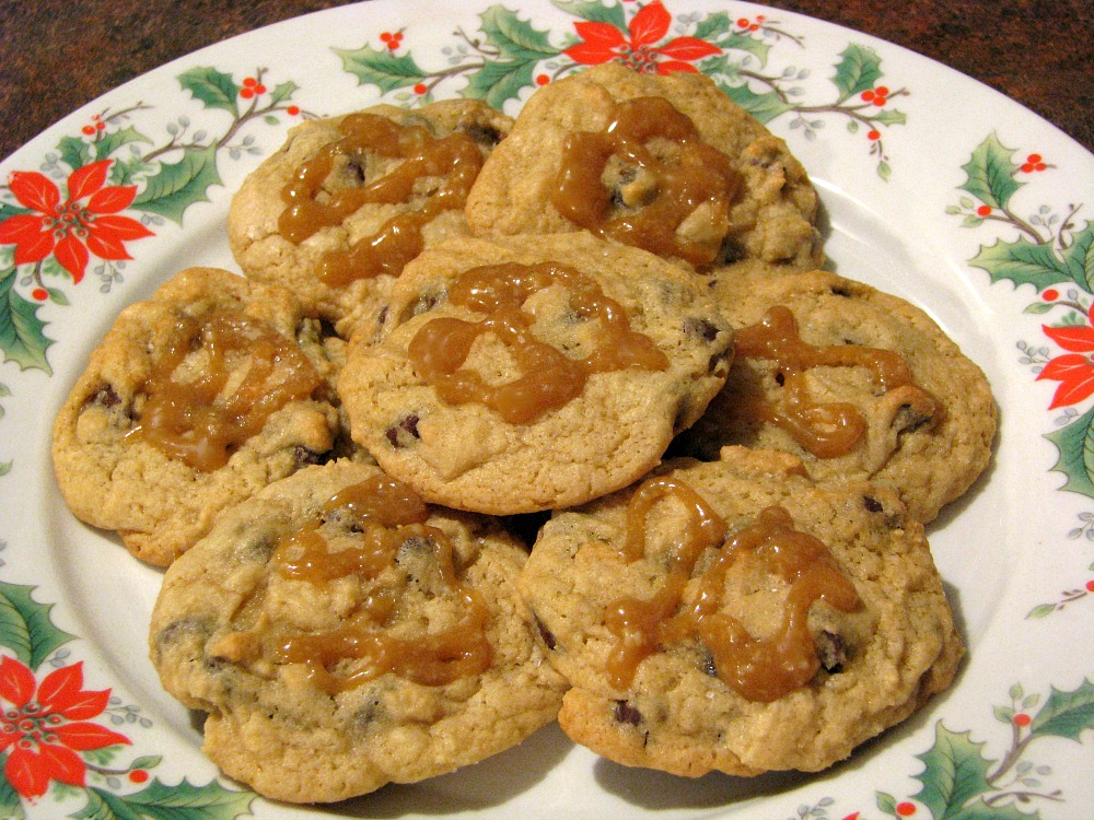 Cheesecake Chocolate Chip Cookies with Salted Caramel - Rants From My ...