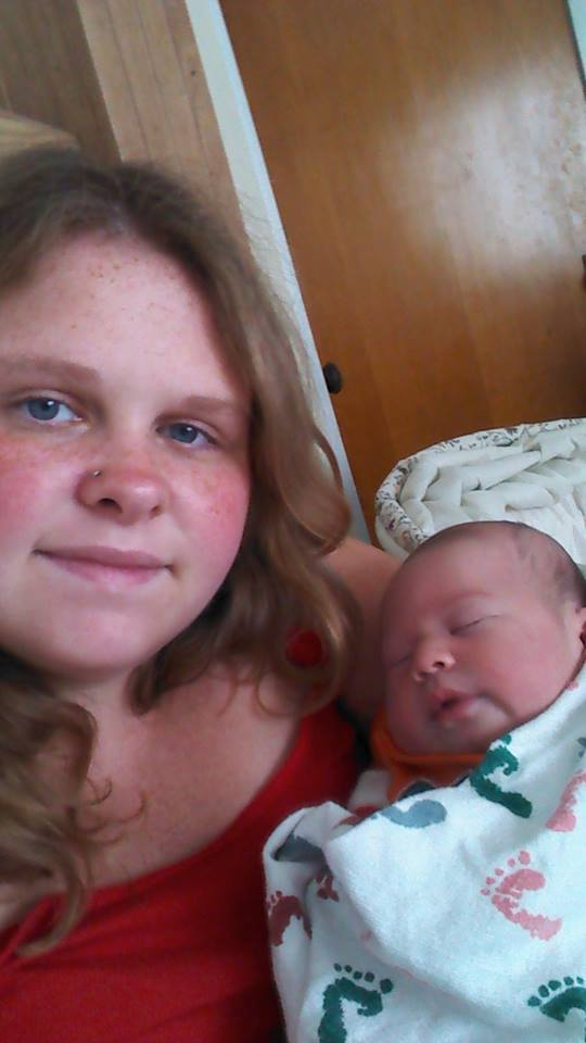 Chelsea-and-Ayden-Newborn